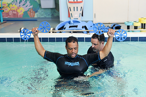man receiving aquatic physical therapy at lifespan